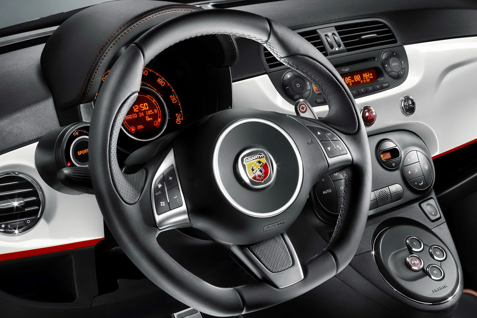 fiat 500 automatic abarth knowleggi. Black Bedroom Furniture Sets. Home Design Ideas